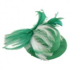 """Шляпка фетровая """"Кокетка"""" с перьями, зелено-белая"""