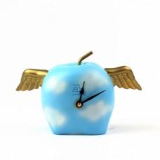 """Часы настольные """"Крылатое яблоко"""""""