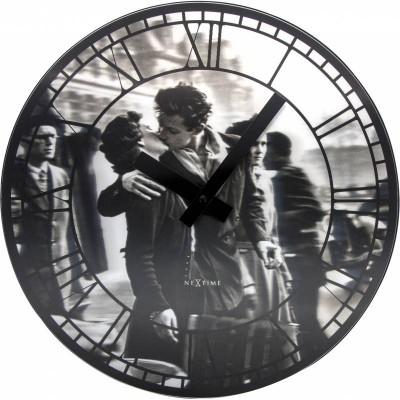 """Часы настенные """"Kiss me in Paris"""""""