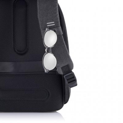 Рюкзак антивор XD Design Hero XL Black (P705.711)